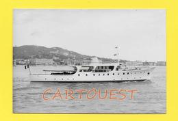 CPSM 06 CANNES Bateau YACHT ♥♥♣♣☺♣♣ à Identifier Avec Drapeau Français ( Tony Morgan Marine Photographer ) - Autres