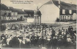 HORTES La Place Virey.Un Jour De Fête De Jeanne D' Arc - France