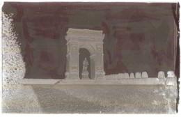 """Dépt 80 - PROYART - PLAQUE De VERRE (négatif Photo) + La Carte Postale """"Le Monument"""" - Édition Bazin - R. Lelong, Amiens - France"""