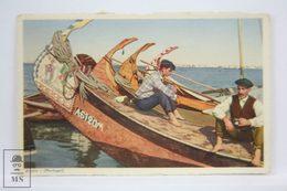 Postcard Portugal - Aveiro - Fishermen On Traditional Boats - Vasconcellos - Tabacaria Africana - Aveiro