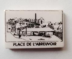 Fève Coutanceau Michel  Place De L'abreuvoir GAILLON - Regions