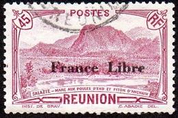 Réunion Obl. N° 193 Vue -> Salazie, Mare Aux Poules D'eau Et Piton D'Auchain Le 45cts Lilas - Réunion (1852-1975)