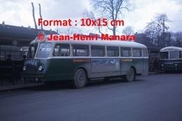 Reproduction D'une Photographie D'un Bus Chausson Ligne 206 Vincennes Avec Publicité Charrier à Paris En 1964 - Reproductions