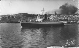 """ALGER (Algérie) - Le """" VILLE D'ORAN """" QUITTE Le PORT - Paquebot, Navire - Cachet De La Gendarmerie - 27 Mai 1956 - Alger"""