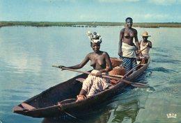 Senegal - River - Woman - Femme - Senegal