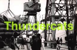 CPA PHOTO ANGOLA LUANDA MOVIMENTO NO PORTO MOUVEMENT DU PORT - Angola