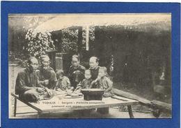 CPA Tonkin Indochine Asie Types Ethnic Non Circulé Famille Annamite - Viêt-Nam