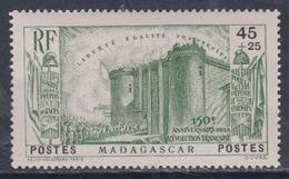 Madagascar N° 209 X Partie De Série 150ème Anniversaire De La Révolution, 45 C.+25 C. Vert Trace De  Charnière Sinon TB - Madagascar (1889-1960)