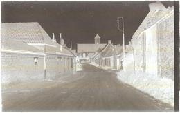 Dépt 80 - MÉZIÈRES-EN-SANTERRE - PLAQUE De VERRE (négatif Photo Noir & Blanc, Cliché R.Lelong) - Rue De La Ville, Église - France
