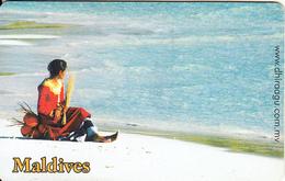 MALDIVES ISL.(chip) - Girl On The Beach, CN : 0267, Used - Maldiven