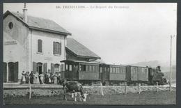 Reproduction Ancienne D'une CPA Sur Papier Photo - Trévillers - Le Départ Du Tramway - Voir 2 Scans - Otros Municipios