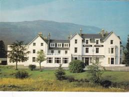 Postcard The Royal Hotel Tyndrum Perthshire  My Ref  B22861 - Perthshire
