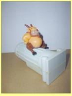 MAC016 / Figurine Philoctetes Sur Le Pilier (Serie Hercule) / Mc Donalds DISNEY / 1997 - Disney