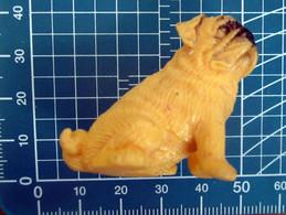 CANE DOG  BULLDOG MINIATURA PLASTICA MORBIDA - Dogs