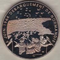 Medaille 6 Juin 1944 Débarquement De Normandie, Croix De Lorraine 1939 -1945 Par Jimenez - France