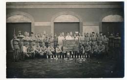 CPA Photo - Groupe De Militaires - 13eme Batterie - Père Cent - Coblence 1926 - Personnages
