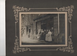 000132 Rare - Bazougues La Pérouse Ille Et Vilaine - Magasin GUIBERT GUILLEU Vers 1900 Photo Sur Carton - Lugares