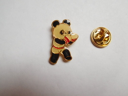 Beau Pin's , Sport , Boxe  , Japan Games , Panda - Boxe
