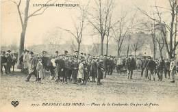 63 , BRASSAC LES MINES , Place De La Couarde Un Jour De Foire , * 302 87 - Francia