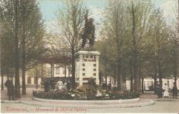 TIENEN - Monument De 1830 Et Square - Gelopen Kaart In Zeer Goede Staat ! - Tienen