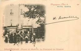 83 , DRAGUIGNAN ( Pub Hotel Bertin ) Place Du Marché , Fontaine Du Dragon , * 316 47 - Draguignan