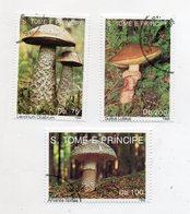 S. TOME' E PRINCIPE - 1992 - Lotto 3 Francobolli Tematica Funghi - Usati - (FDC11456) - Sao Tomé E Principe