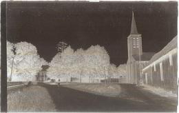 Dépt 80 - FERRIÈRES - PLAQUE De VERRE (négatif Photo Noir & Blanc, Cliché R. Lelong) - L'Église Et Le Château - France