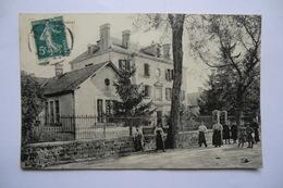 CPA 19 CORREZE LE LONZAC. Mairie écoles. - France