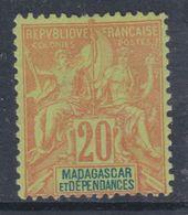 Madagascar N° 34 (.)  Type Groupe  :  20 C. Brique Sur Vert, Neuf Sans Gomme Sinon TB - Madagascar (1889-1960)