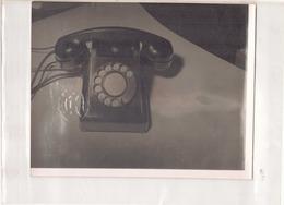 PHOTO D UN TELEPHONE 24 X 18 CM - Objects