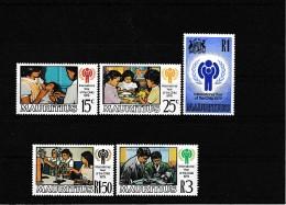 A08126)Mauritius 484 - 488** - Mauritius (1968-...)