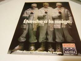 ANCIENNE PUBLICITE  CAMERA ETANCHE A LA NEIGE  EUMIG 1979 - Fotografia
