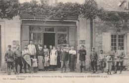 37--INGRANDES-UN GROUPE DES OUVRIERS MILITAIRES DU 66 EME REGIMENT D'INFANTERIE-RARE TBE-VOIR SCAN.. - Autres Communes