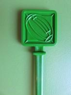 194 - Touilleur - Agitateur - Mélangeur à Boisson - Sport - Rugby - Carré Vert - Swizzle Sticks