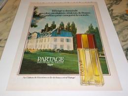 ANCIENNE AFFICHE  PUBLICITE PARFUM PARTAGE DE FABERGE 1979 - Perfume & Beauty