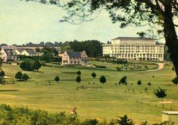 """CPSM  SAINT-CAST - Le Golf, Et La Résidence """" Le Celtic"""" - Saint-Cast-le-Guildo"""