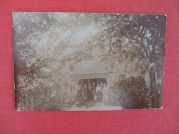 RPPC Family Group Back Side Has Cancel & Stamp  Ref 3045 - Postcards