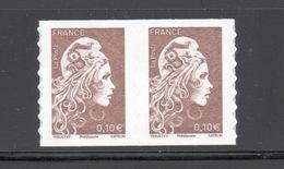 Y&T N°...... -  ADHÉSIF - Marianne L'engagée  : Paire 0,10 € - France