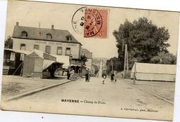 53 MAYENNE - Champ De Foire - Animée, Stands Forains, Roulotte - Mayenne