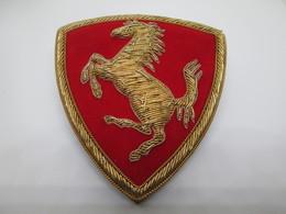 No Pin's  ECUSSON  FERRARI - Ferrari
