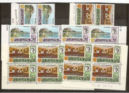 1970  1971 Jersey  DEFINITIVA DECIMALE Definitives Decimal 24 V.: 5p MONTE ORGUEIL X12 + 50p CORTE REALE X12 MNH** - Jersey