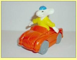 MAC030 / Figurine Stuart Litle En Voiture / Mc Donalds / 2003 - Figurines