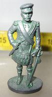 SCOTLAND 3 F33 KINDER METAL - Figurines En Métal