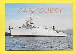 CPSM Marine Française ♥♥♣♣☺♣♣ OURAGAN Classe De Transport De Chalands De Débarquement   (  L 9021 ) - Warships