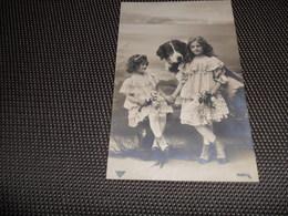 Enfants ( 1988 )   Enfant Kind  Fillette  Hond  Chien St. Bernard - Children