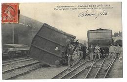 Carcassonne-Cyclone Du 19 Août 1912-L'un Des Quatre Wagons Renversés Dans La Gare De Carcassonne - Carcassonne