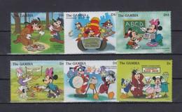 GAMBIA 1996 - Disney Volunteers, Dogs - Mi 2322-7; CV=15 € - Cani