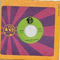"Vinyle 45t. SP ""the Story Of Sacco & Vanzetti/montparnasse 1925"" - Vinyles"