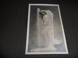 Femme ( 974 )  Vrouw   Artiste  Artiest Phryné  Seins Nus  Nu  Naakt  Femme érotique - Artiesten