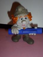 MAC036 / Figurine Schtroumph Hackus / Mc Donalds PEYO / 2013 - Smurfs